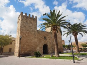 city-gate-alcudia