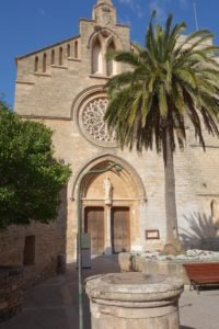 alcudia-kathedrale